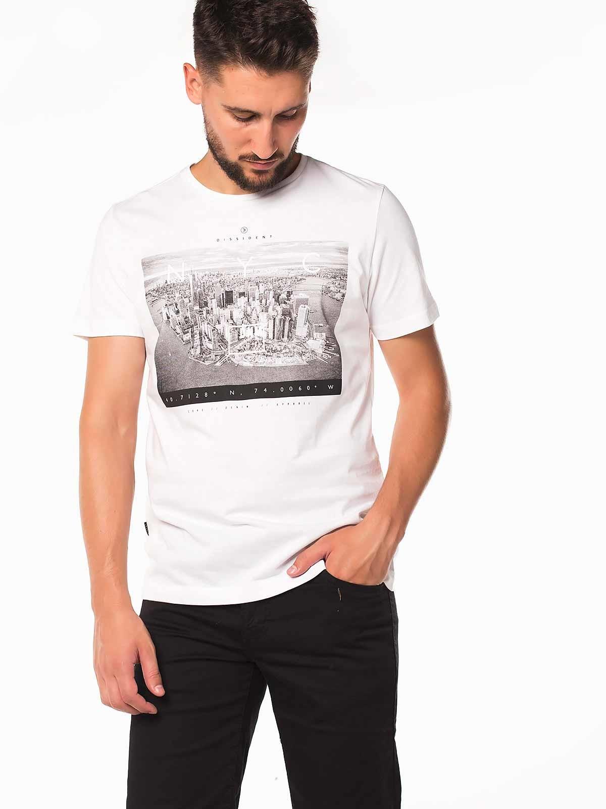 T-shirt manga curta NYC