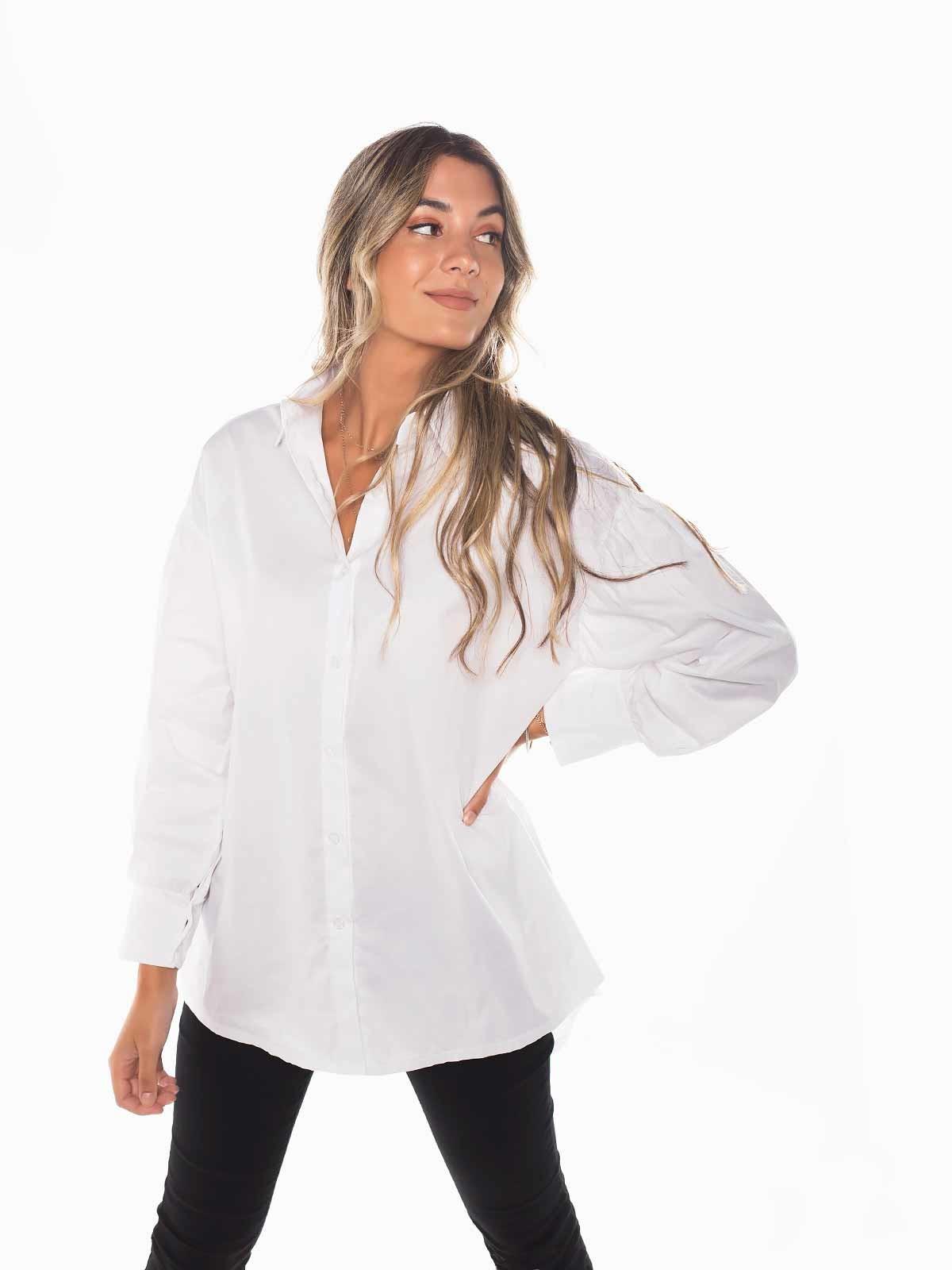 Camisa branca com manga balão