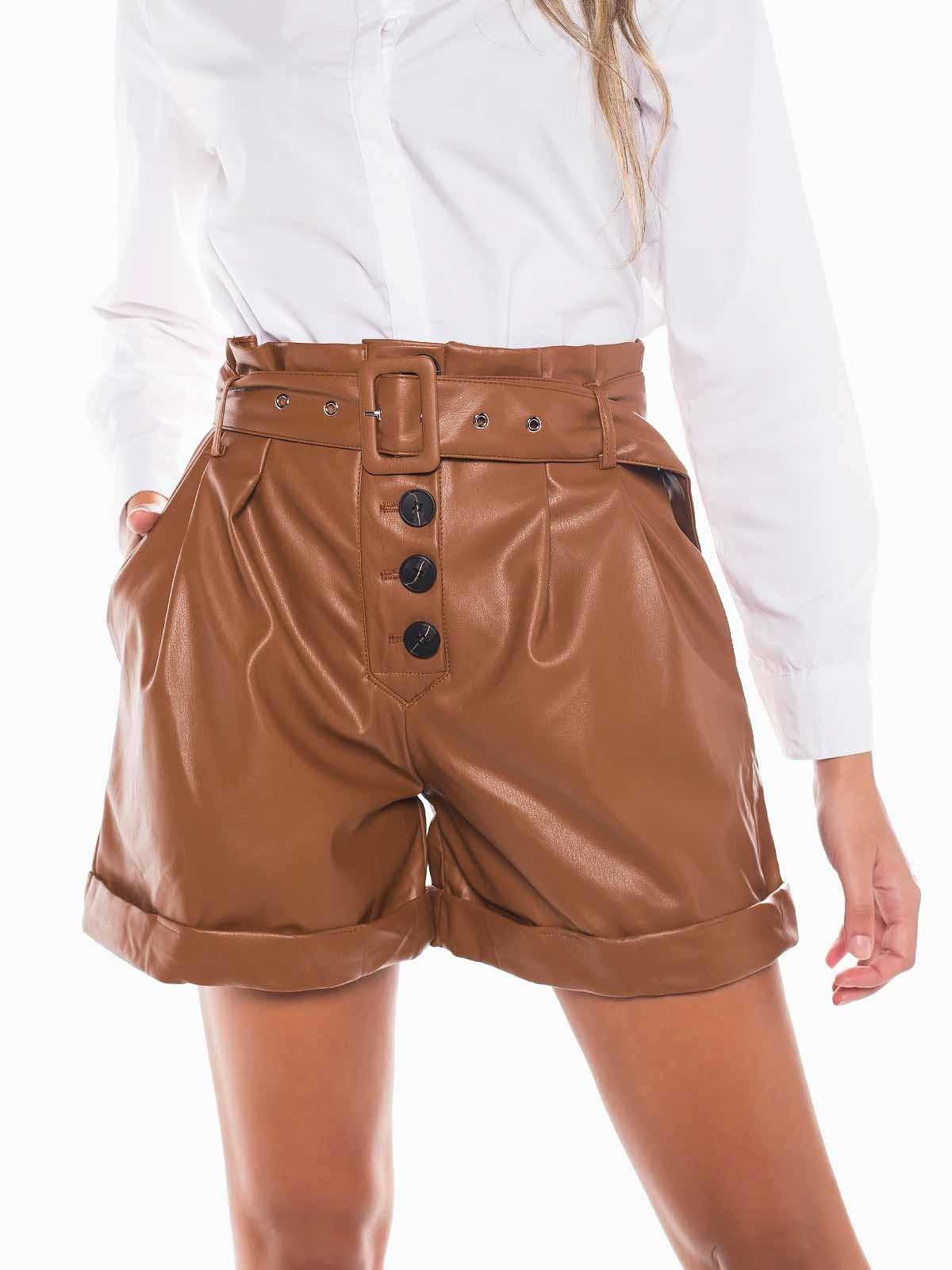 Shorts napa con cinturón